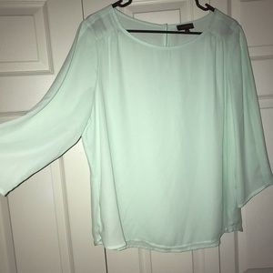 XL The Limited top